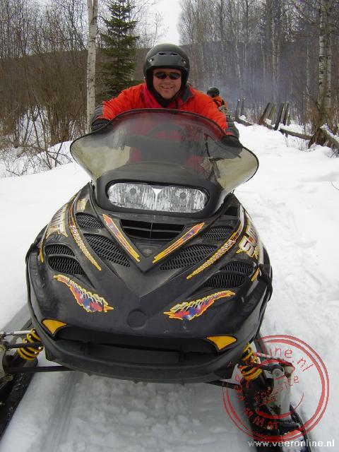 Canadian Rocky Mountains - Ronald op de snowscooter