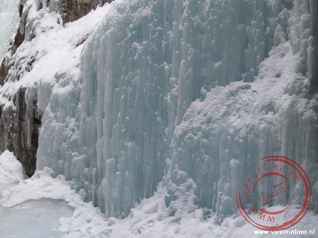 Canadian Rocky Mountains - Prachtige ijspartijen in de Maligne Canyon