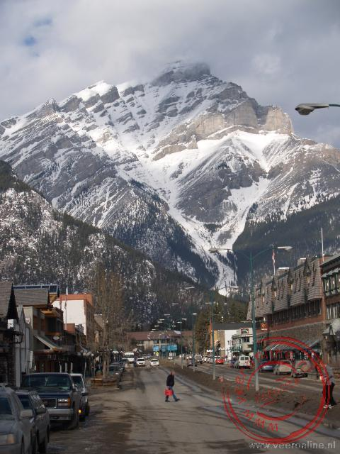 Canadian Rocky Mountains - De mainstreet van Banff, Canada